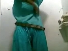 Down in the mouth Bhabhi Nude Shower Function